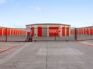 Image of Public Storage - Plano - 3500 E 14th Street Facility on 3500 E 14th Street  in Plano, TX - View 4
