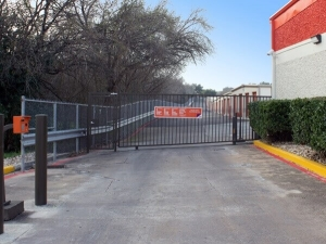 Public Storage - Austin - 7112 South Congress Ave - Photo 2