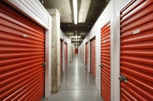 Public Storage - Austin - 1033 E 41st St - Photo 2