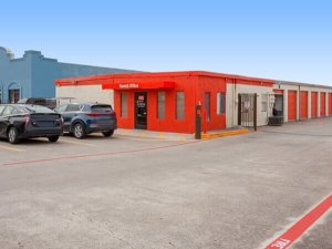 Image of Public Storage - Plano - 3401 Avenue K Facility on 3401 Avenue K  in Plano, TX - View 4