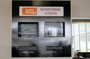 Image of Public Storage - Irving - 1212 E Airport Freeway Facility on 1212 E Airport Freeway  in Irving, TX - View 4