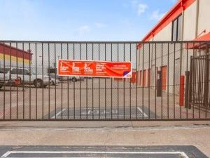 Image of Public Storage - Plano - 2801 Avenue K Facility on 2801 Avenue K  in Plano, TX - View 2