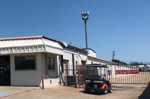 Public Storage - Duncanville - 732 South Cedar Ridge Drive - Photo 4