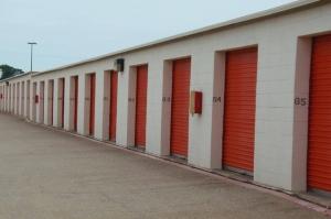 Image of Public Storage - Duncanville - 732 South Cedar Ridge Drive Facility on 732 South Cedar Ridge Drive  in Duncanville, TX - View 4