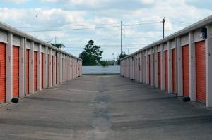 Image of Public Storage - Houston - 5685 De Soto Drive Facility on 5685 De Soto Drive  in Houston, TX - View 2