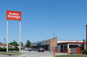 Image of Public Storage - Houston - 6615 S Gessner Drive Facility at 6615 S Gessner Drive  Houston, TX