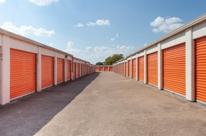Image of Public Storage - Fort Worth - 4750 Hemphill Street Facility on 4750 Hemphill Street  in Fort Worth, TX - View 2
