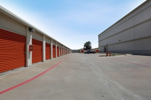 Image of Public Storage - No Richland Hills - 5623 Rufe Snow Drive Facility on 5623 Rufe Snow Drive  in No Richland Hills, TX - View 2