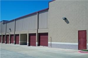 Image of Public Storage - Irving - 3430 W Walnut Hill Lane Facility on 3430 W Walnut Hill Lane  in Irving, TX - View 2