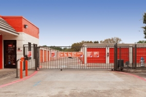 Image of Public Storage - Garland - 4202 O Banion Road Facility on 4202 O Banion Road  in Garland, TX - View 4