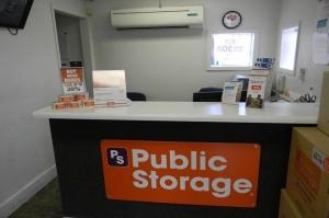 Image of Public Storage - Houston - 2510 Cypress Creek Pkwy Facility on 2510 Cypress Creek Pkwy  in Houston, TX - View 3