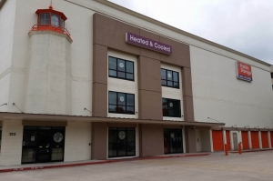 Image of Public Storage - Austin - 2121 South IH-35 Facility at 2121 South Ih-35  Austin, TX
