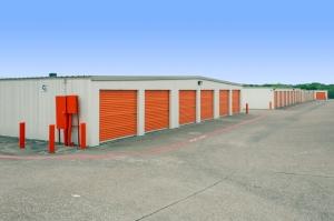 Image of Public Storage - Carrollton - 3750 Marsh Lane Facility on 3750 Marsh Lane  in Carrollton, TX - View 2