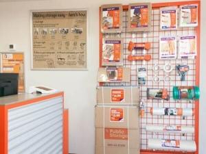 Picture 4 of Public Storage - Dallas - 3550 West Mockingbird Lane - FindStorageFast.com