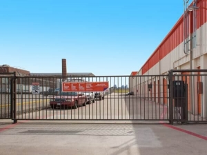 Public Storage - Dallas - 3550 West Mockingbird Lane - Photo 1