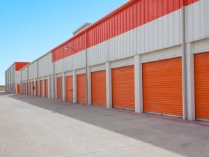 Image of Public Storage - Dallas - 3550 West Mockingbird Lane Facility on 3550 West Mockingbird Lane  in Dallas, TX - View 3