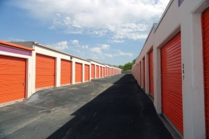 Image of Public Storage - San Antonio - 10652 N Interstate Highway 35 Facility on 10652 N Interstate Highway 35  in San Antonio, TX - View 2