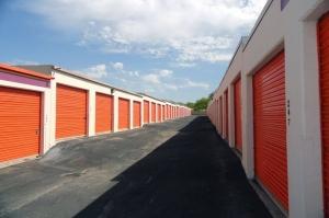 Image of Public Storage - San Antonio - 10652 N Interstate Highway 35 Facility on 10652 N Interstate Highway 35  in San Antonio, TX - View 2