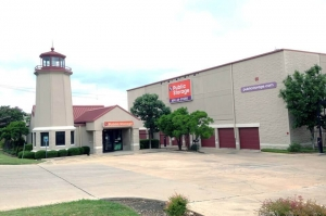 Image of Public Storage - Austin - 6726 Bee Cave Rd Facility at 6726 Bee Cave Rd  Austin, TX