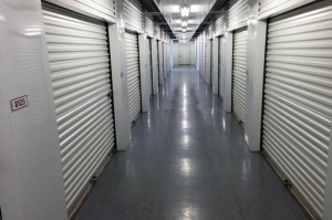 Image of Public Storage - Austin - 6726 Bee Cave Rd Facility on 6726 Bee Cave Rd  in Austin, TX - View 2