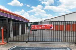 Image of Public Storage - Houston - 12435 I-10 E Fwy Facility on 12435 I-10 E Fwy  in Houston, TX - View 4