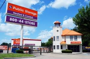 Image of Public Storage - Houston - 2100 North Loop West Facility at 2100 North Loop West  Houston, TX