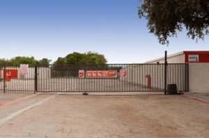 Image of Public Storage - Richardson - 500 E Arapaho Road Facility on 500 E Arapaho Road  in Richardson, TX - View 4