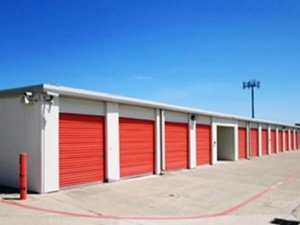 Image of Public Storage - Bedford - 1508 Airport Freeway Facility on 1508 Airport Freeway  in Bedford, TX - View 2