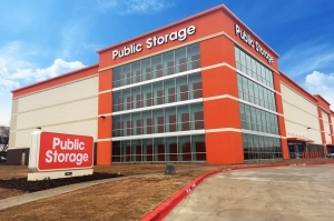 Image of Public Storage - Plano - 6220 Tennyson Pkwy Facility at 6220 Tennyson Pkwy  Plano, TX