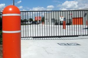 Image of Public Storage - Spring - 2101 Old Holzwarth Rd Facility on 2101 Old Holzwarth Rd  in Spring, TX - View 4
