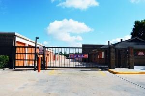 Image of Public Storage - Houston - 6400 W Little York Rd Facility on 6400 W Little York Rd  in Houston, TX - View 4
