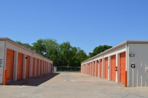Image of Public Storage - Houston - 6400 W Little York Rd Facility on 6400 W Little York Rd  in Houston, TX - View 2