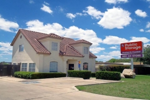 Public Storage - San Antonio - 2550 Thousand Oaks Dr - Photo 1