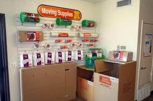Public Storage - San Antonio - 2550 Thousand Oaks Dr - Photo 3