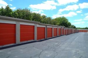 Public Storage - San Antonio - 2550 Thousand Oaks Dr - Photo 2