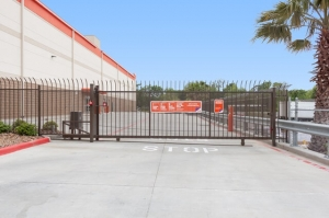 Picture of Public Storage - Houston - 9811 North Freeway