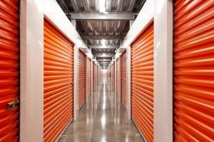 Image of Public Storage - Houston - 9811 North Freeway Facility on 9811 North Freeway  in Houston, TX - View 2