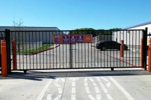 Image of Public Storage - Georgetown - 2300 S Interstate 35 Facility on 2300 S Interstate 35  in Georgetown, TX - View 4