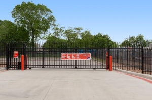 Image of Public Storage - Houston - 13300 Hempstead Rd Facility on 13300 Hempstead Rd  in Houston, TX - View 4