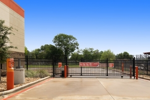 Image of Public Storage - Houston - 13300 Hempstead Rd Facility on 13300 Hempstead Rd  in Houston, TX - View 4