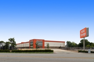 Image of Public Storage - Houston - 13300 Hempstead Rd Facility at 13300 Hempstead Rd  Houston, TX