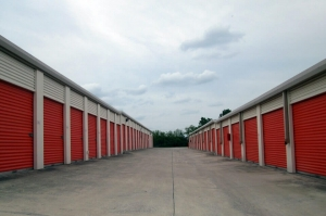 Image of Public Storage - Hurst - 747 Grapevine Hwy Facility on 747 Grapevine Hwy  in Hurst, TX - View 2