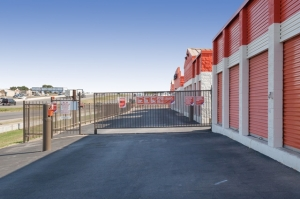 Image of Public Storage - Austin - 10001 North I H 35 Facility on 10001 North I H 35  in Austin, TX - View 4