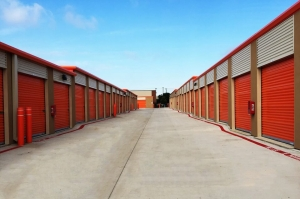 Image of Public Storage - Plano - 2104 Hedgcoxe Rd Facility on 2104 Hedgcoxe Rd  in Plano, TX - View 2