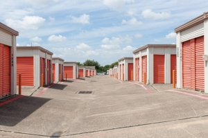 Image of Public Storage - Irving - 1210 N Belt Line Road Facility on 1210 N Belt Line Road  in Irving, TX - View 2
