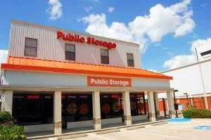 Image of Public Storage - Houston - 5854 San Felipe St Facility at 5854 San Felipe St  Houston, TX