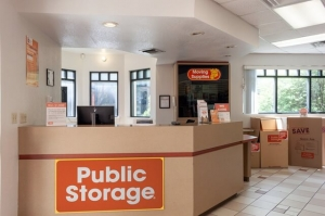 Image of Public Storage - Fort Worth - 1015 Henderson St Facility on 1015 Henderson St  in Fort Worth, TX - View 3