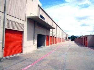 Image of Public Storage - Dallas - 7568 Greenville Ave Facility on 7568 Greenville Ave  in Dallas, TX - View 2
