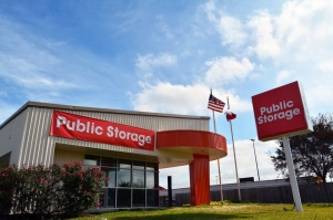 Image of Public Storage - Houston - 7255 Highway 6 South Facility at 7255 Highway 6 South  Houston, TX
