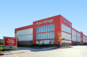 Image of Public Storage - Fort Worth - 10555 North Fwy Facility at 10555 North Fwy  Fort Worth, TX
